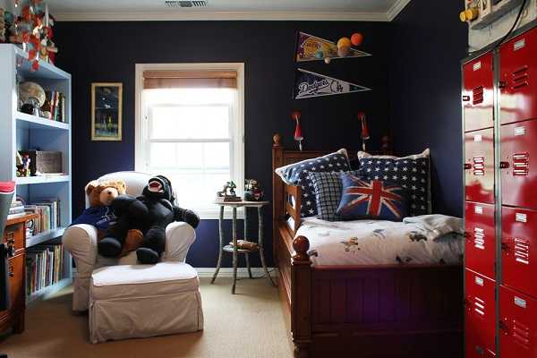 Cool decorations for guys room